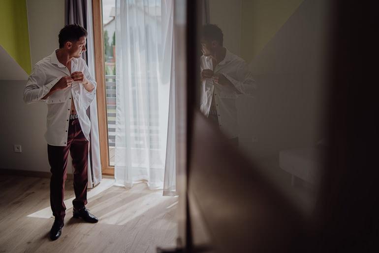 Paulina i Emil - Reportaż ślubny - Restauracja Leliwa Końskie 25