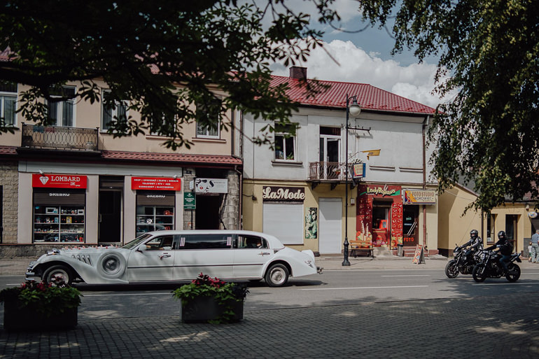 Paulina i Emil - Reportaż ślubny - Restauracja Leliwa Końskie 42