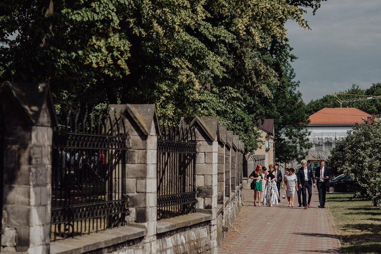 Paulina i Emil - Reportaż ślubny - Restauracja Leliwa Końskie 41
