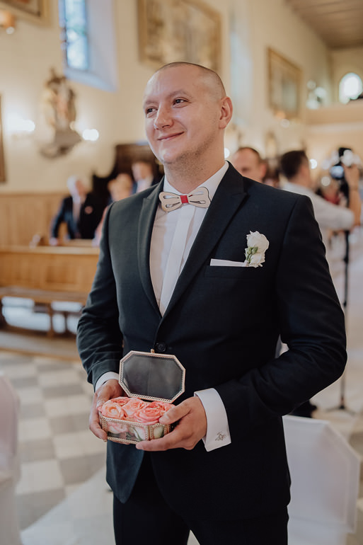 Paulina i Emil - Reportaż ślubny - Restauracja Leliwa Końskie 58