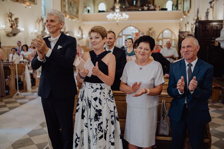 Paulina i Emil - Reportaż ślubny - Restauracja Leliwa Końskie 64