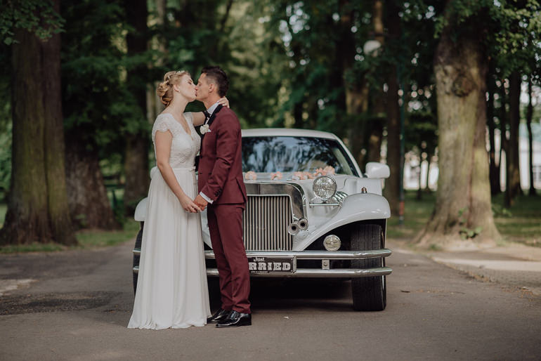 Paulina i Emil - Reportaż ślubny - Restauracja Leliwa Końskie 83