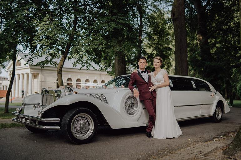 Paulina i Emil - Reportaż ślubny - Restauracja Leliwa Końskie 89